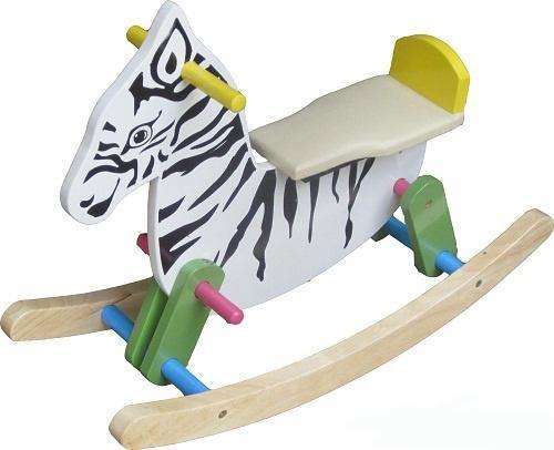Ngựa gỗ bập bênh, đồ chơi an toàn nên mua cho bé