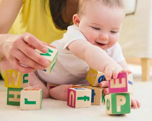 Kinh nghiệm chọn các loại đồ chơi thông minh cho bé