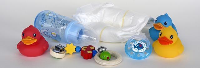Bình sữa cho bé. Kinh nghiệm chọn bình thích hợp và cách sử dụng bình sữa an toàn